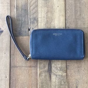 Coach Navy Leather Wristlet Credit Card Wallet